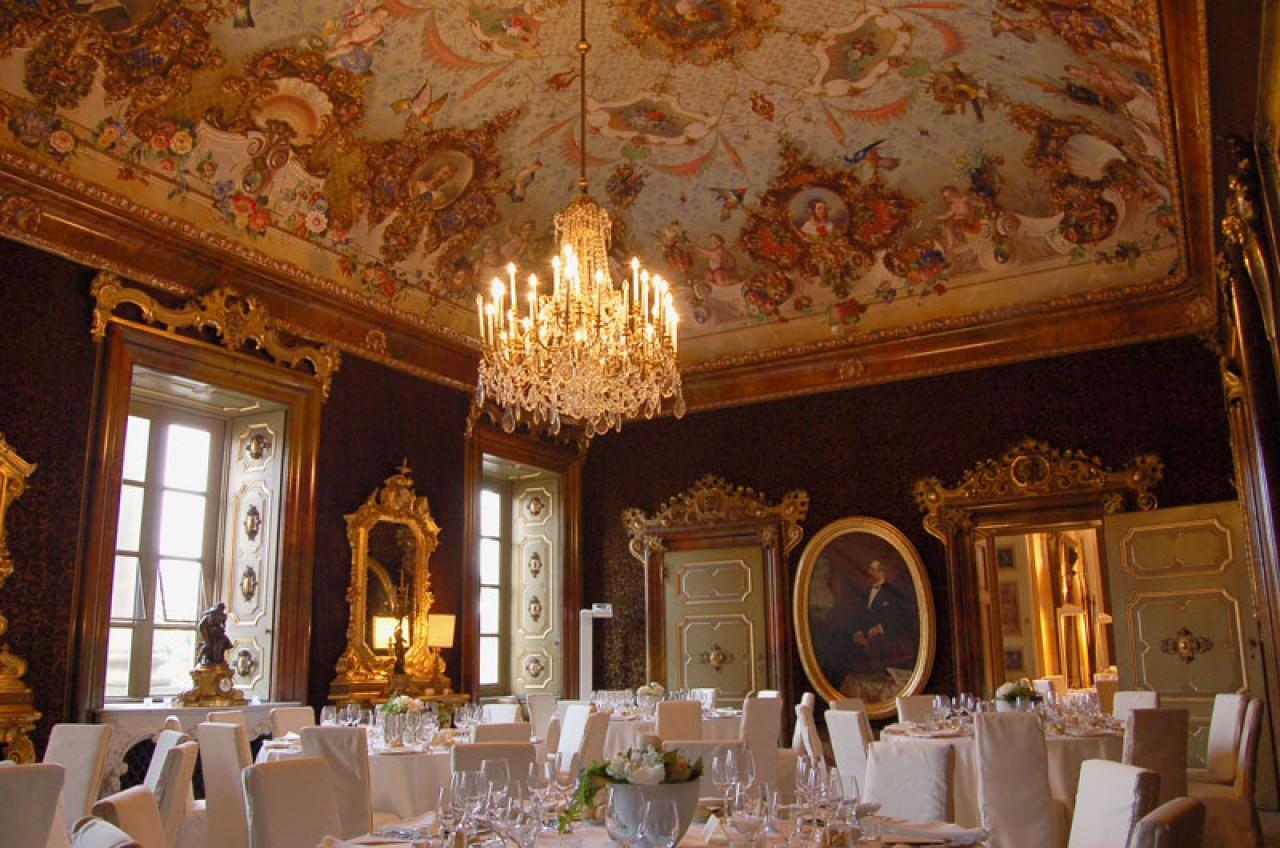 Villa zanchi per matrimonio italiano for Interni ville antiche