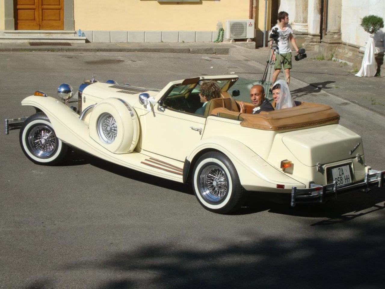 emanuel noleggio limousine e auto d 39 epoca per matrimonio italiano. Black Bedroom Furniture Sets. Home Design Ideas